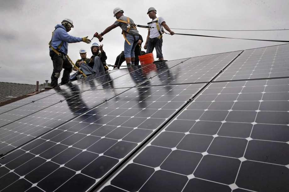 Вече 2 милиона са соларните инсталации в САЩ