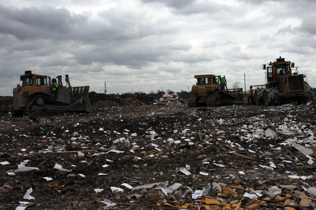 Графство в Обединеното Кралство ще строи соларни централи върху депа за отпадъци