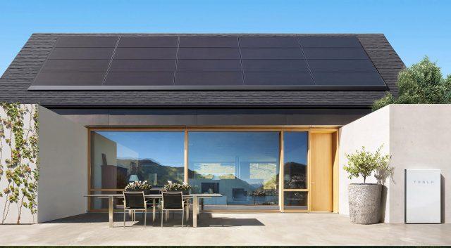 Tesla дава под наем слънчеви панели за 50 $ на месец