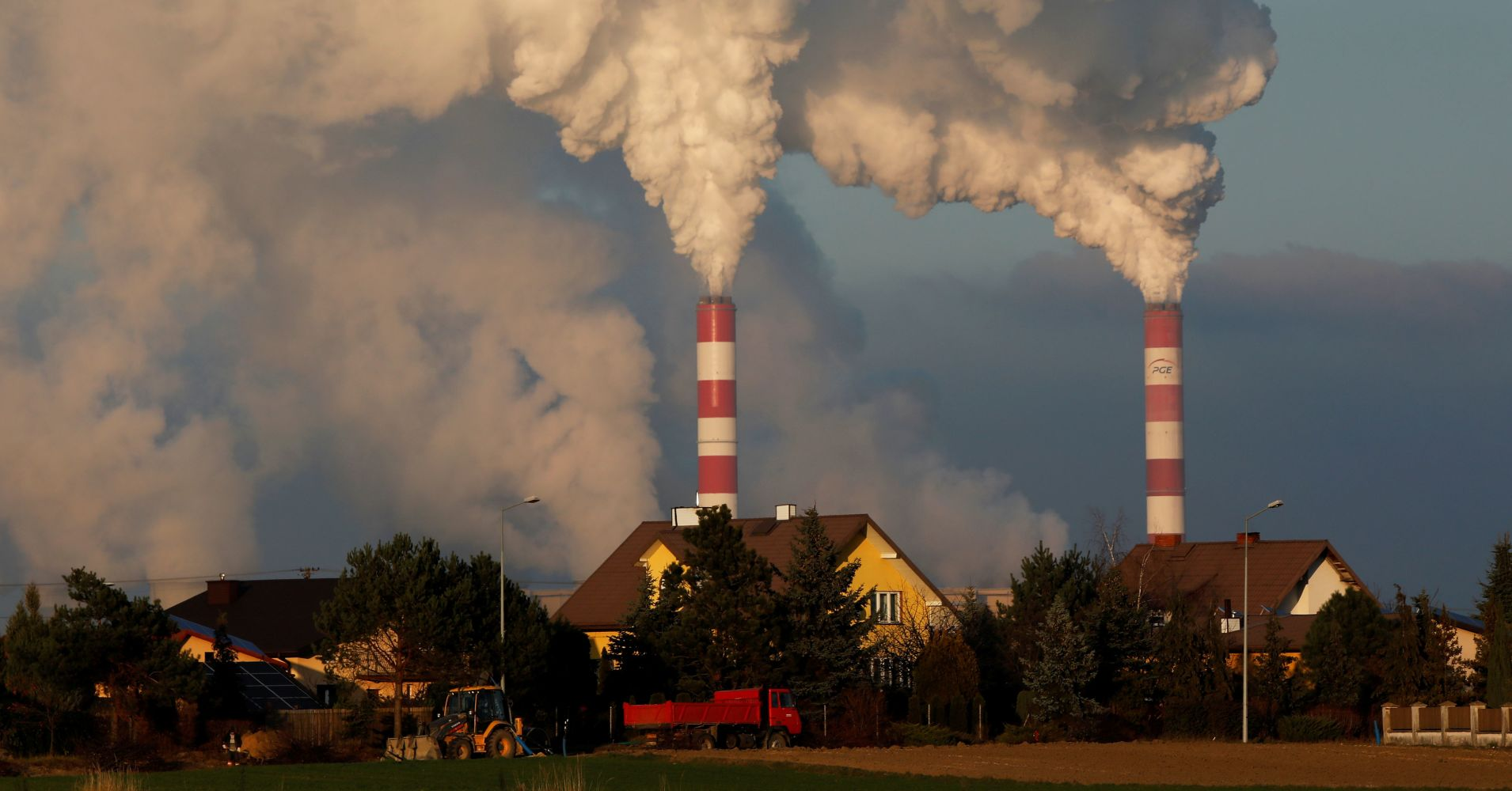 Глобалните въглеродни емисии продължават да растат